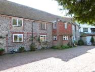 3 bed Flat in The Close...