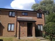 Flat to rent in PARK VIEW ROAD, Redhill...