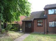 1 bedroom Town House in Queens Park Gardens...