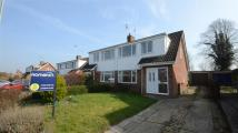 semi detached home to rent in Laurel Close