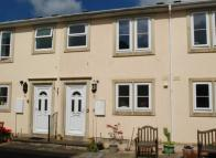 CENTRE Terraced property for sale