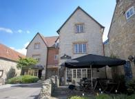 2 bedroom Apartment to rent in CENTRAL WEDMORE