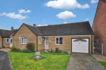 2 bedroom Semi-Detached Bungalow to rent in The Phelps, Kidlington