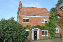 3 bed Cottage to rent in Lower Street, Horning...