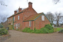 Cottage to rent in Sycamore Farm...