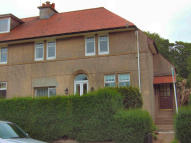2 bed Flat to rent in Finlaystone Road...
