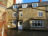 Flat to rent in Church Street, Helmsley...
