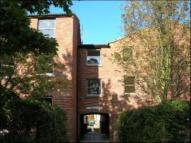 Flat to rent in Chantry Court, Hatfield...