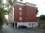 2 bed Flat in York House...