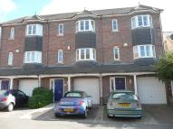 3 bed Town House to rent in Holland Road, Weymouth