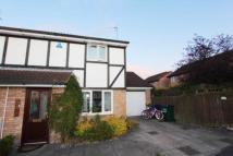 semi detached house to rent in Trefoil Close...