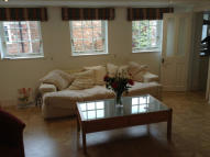2 bedroom Cottage to rent in George Street...