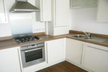 1 bed Apartment in Redhill, RH1