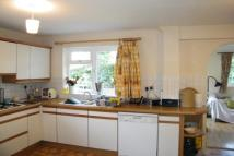 3 bedroom property to rent in Knaphill