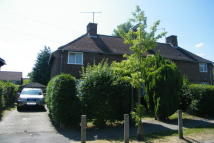 Terraced house to rent in Knaphill