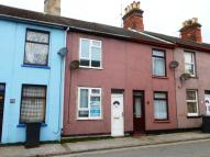 Terraced house to rent in Reeve Street, Lowestoft...