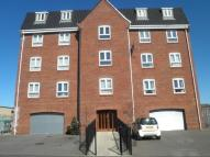 2 bed Flat to rent in Steam Mill Lane...