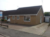 Detached Bungalow to rent in Rushlake Way...