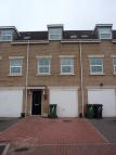 Town House to rent in Lucas Road...