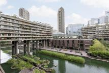 1 bedroom Flat in Andrewes House, Barbican...