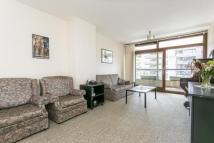 1 bedroom Flat for sale in Ben Jonson House...