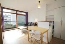 1 bedroom Flat in Ben Jonson House...