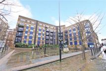 2 bedroom Apartment to rent in Folgate Street, London