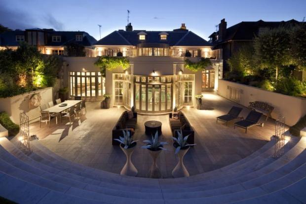 7 bedroom house. Picture No 17 7 bedroom house for sale in Roehampton Gate  London SW15