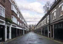 Gower Mews Mansions Mews to rent