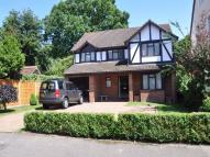 4 bedroom Detached home to rent in Burwood Park Road...