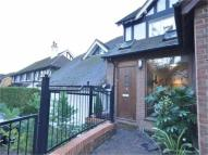Apartment to rent in Foxley Lane, PURLEY...