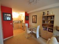 Apartment to rent in Pool Close, WEST MOLESEY...