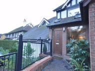2 bed Apartment in Foxley Lane, PURLEY...