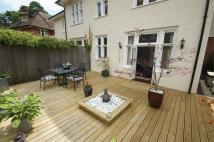 2 bedroom Flat in East Avenue...