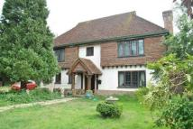 4 bed Equestrian Facility house in Drive Road, Old Coulsdon