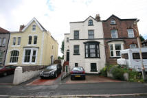6 bedroom semi detached home in  Kingsland Road...