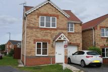 Detached house to rent in Brecon Gardens...