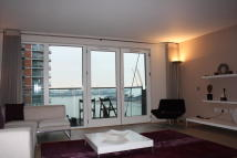 Flat in New Providence Wharf...