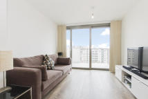 Flat in Parkside Court...