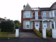 5 bed semi detached house in Shaftesbury Avenue...