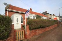 1 bed Semi-Detached Bungalow in Hilltop Avenue...
