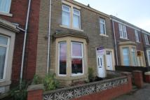 Flat to rent in Victoria Road , Hebburn...