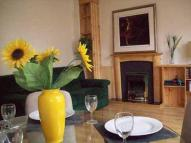 1 bed Flat to rent in Canongate, EDINBURGH...