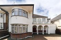 5 bed Detached property to rent in Alexander Avenue, NW10