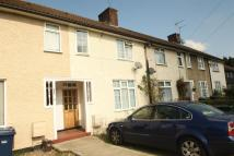 4 bedroom Detached house to rent in Blundell Road, Edgware...