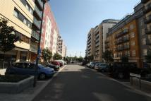 1 bed Flat in Curtiss House, Colindale...