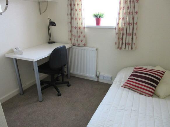 Bedroom 5 single bed