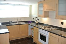 3 bed Terraced property to rent in Recreation Road...