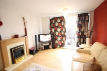 1 bedroom Flat to rent in Hayes