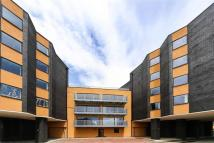 2 bed Flat to rent in Ethelred Court, The Mall...